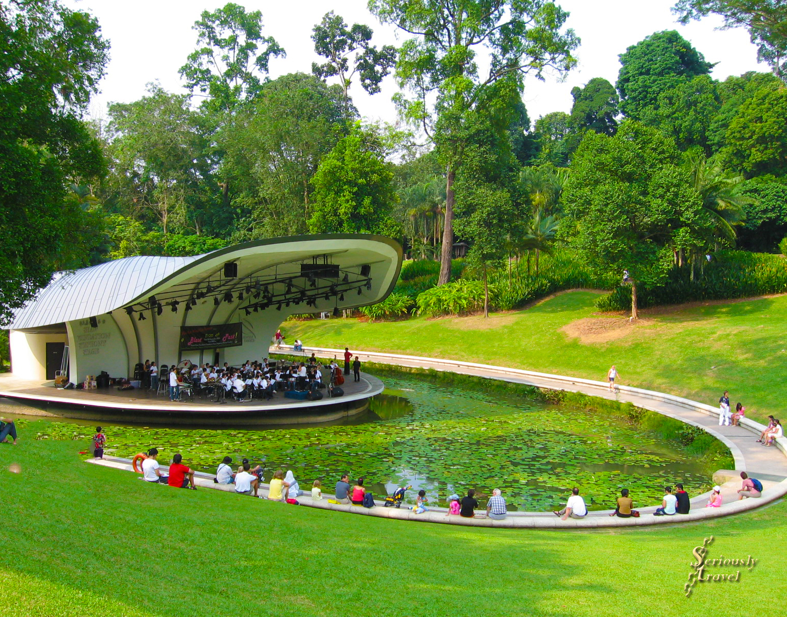 TRUE GARDEN OF EDEN – SINGAPORE'S BOTANICAL GARDEN PHOTO ESSAY