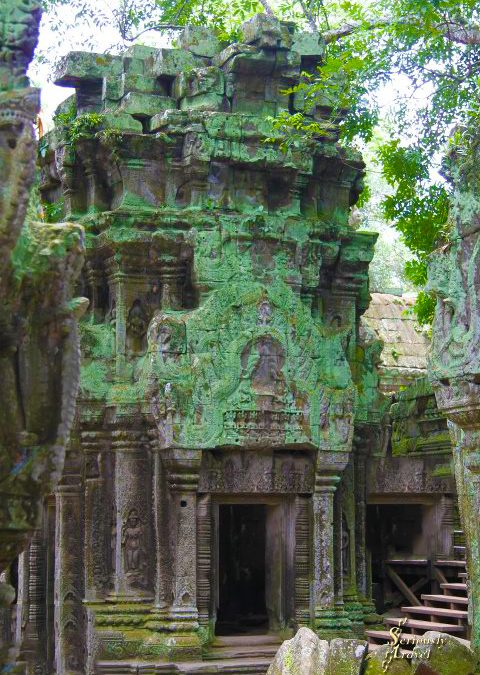 LAURA CROFT FOR A DAY – SIEM REAP PHOTOS ESSAY