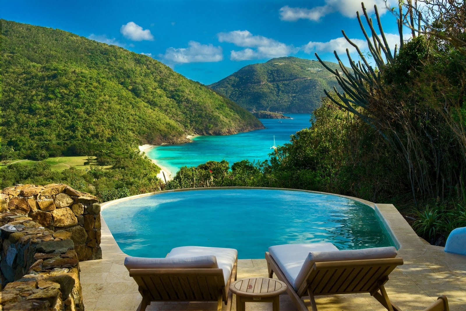 5 ultra luxurious caribbean resorts