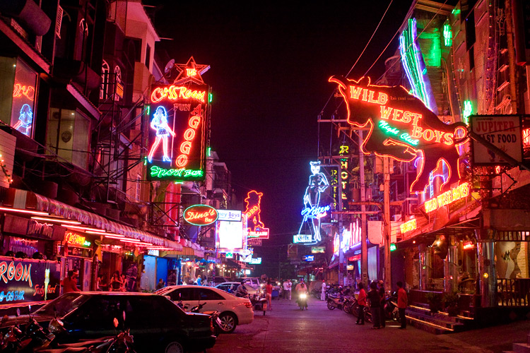 10 Reasons Why A Trip To Thailand Should Be On Your Bucket List