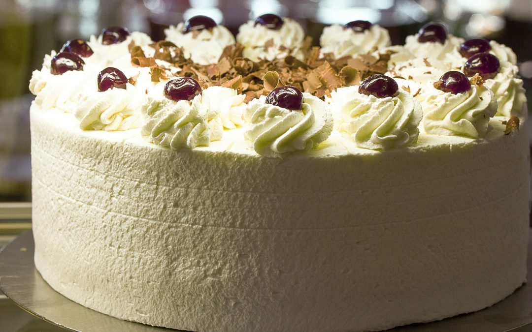 Gastronome Wednesday ~ Let Them Eat CAKE!