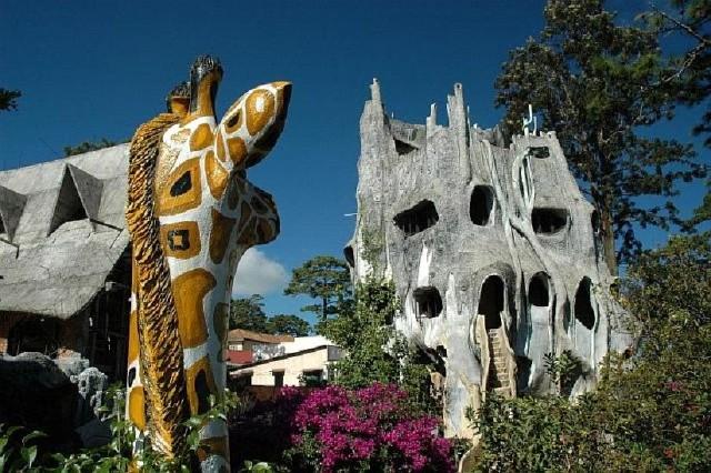 Hang Nga Guesthouse aka Crazy House (Vietnam)