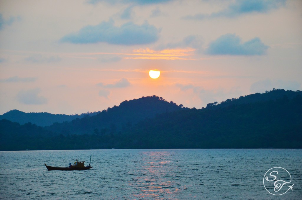 Sunrise on Telunas