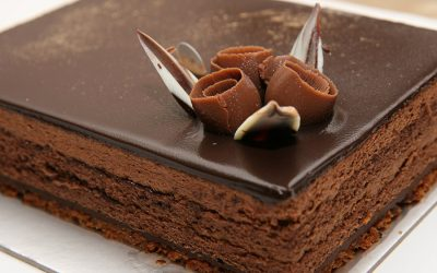 Gastronome Wednesday ~ Mmmmm…Chocolate Cake!