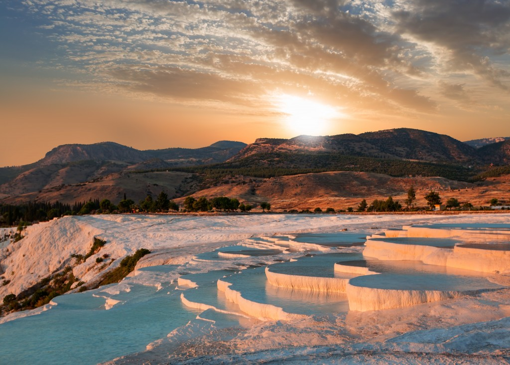 World's Most Awesome Hot Springs