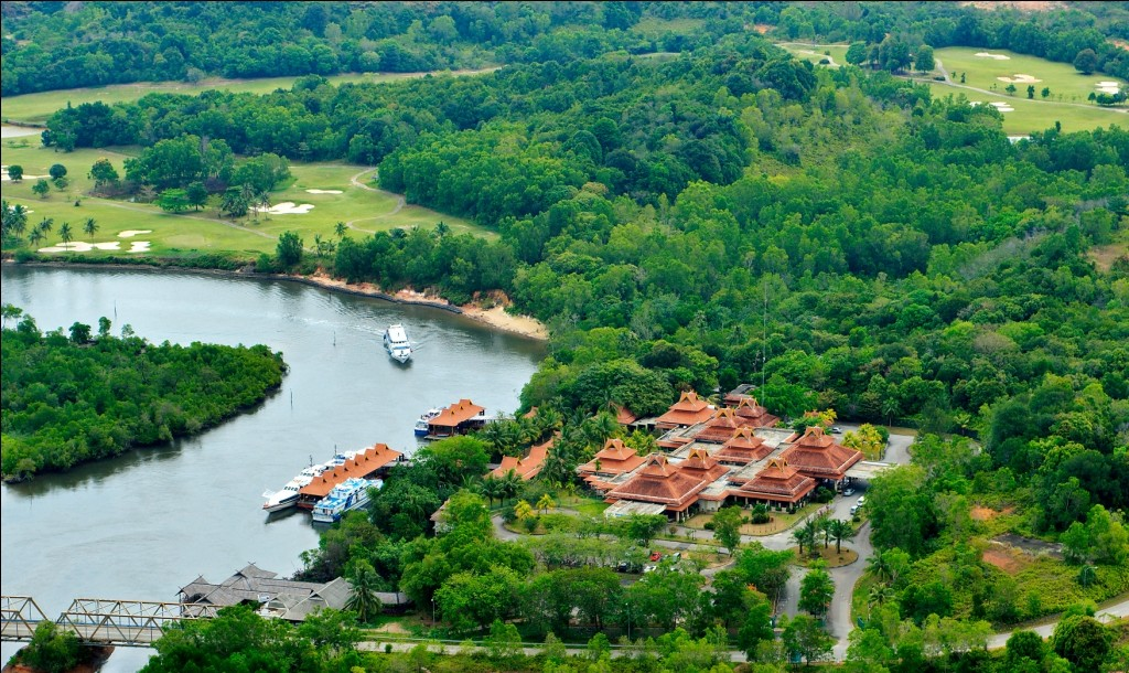 Escape the Busy City at Nongsa Point Marina & Resort