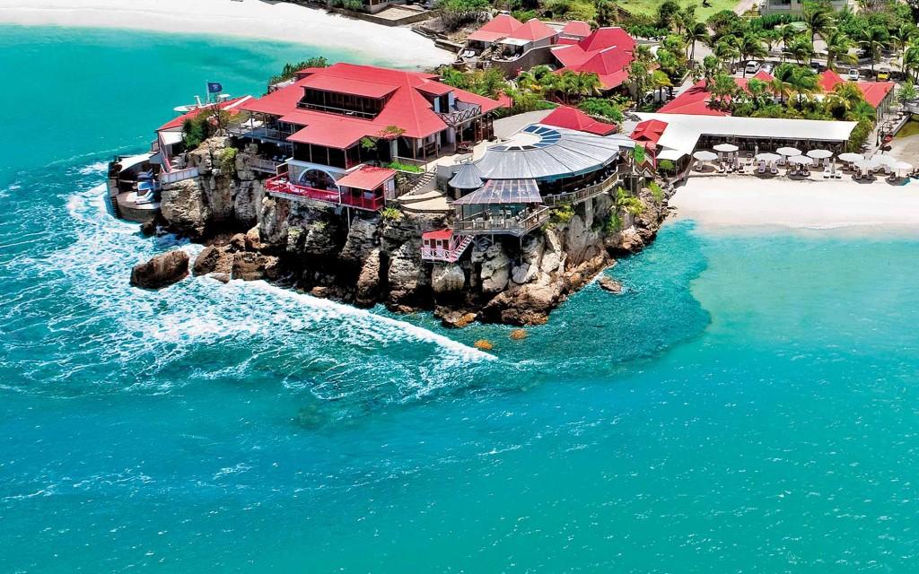 5 Ultra Luxurious Caribbean Resorts