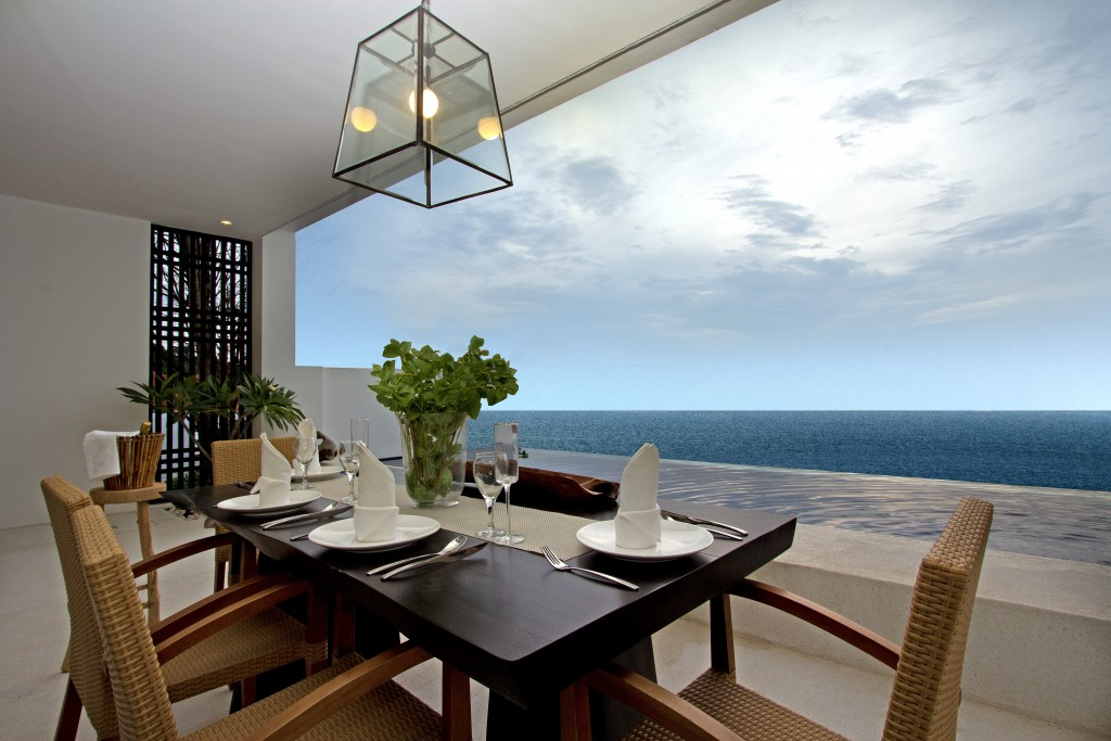 Montigo - Dining Area