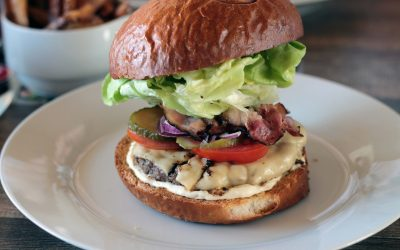 Gastronome Wednesday ~ Mouth Watering Burgers
