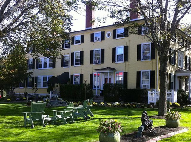 Captain Lord Manor – A Kennebunkport, Maine Treasure